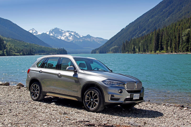 BMW 3 0L Diesel Smooth, Powerful, 'Remarkable' :: Wards